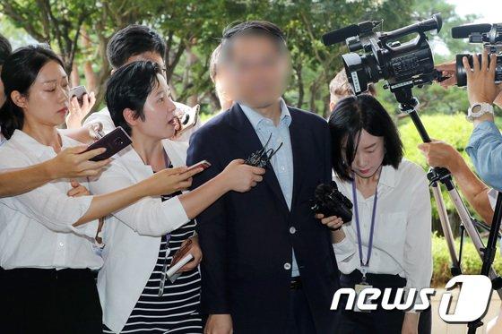 [사진]검찰 소환된 '노조와해 의혹' 전 삼성 부사장