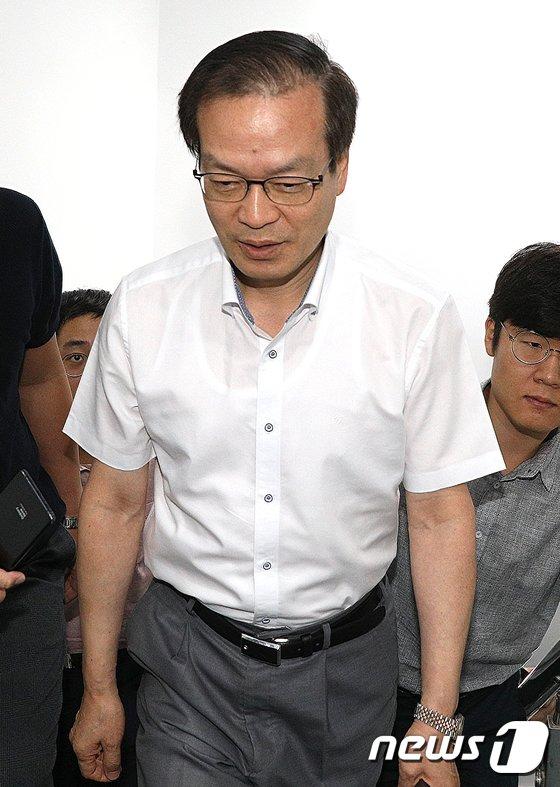 [사진]허익범 특검 '수사기간 연장 신청할까?'