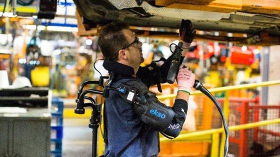 포드-엑소바이오닉스가 공동개발한 로봇 슈트 '엑소베스트'/사진=포드