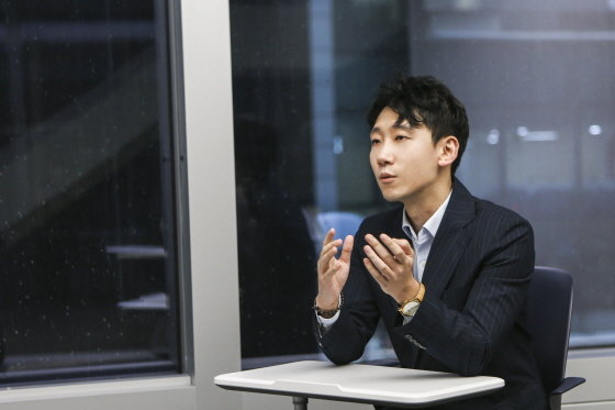 """증권맨에서 가수·배우까지…""""좋아하면 해보세요"""""""