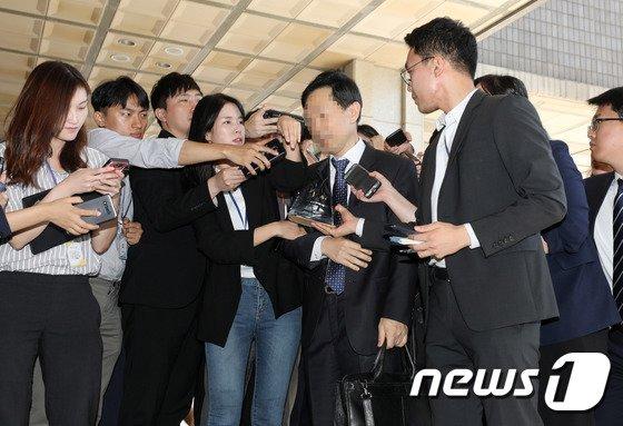 [사진]'사법농단 의혹' 김현석 수석재판연구관 검찰조사