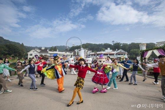 삼성물산 에버랜드 가을축제 '립덥' 영상. /사진제공=에버랜드<br />