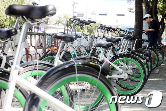 [사진]'자전거 탈 때 음주운전 이제는 안됩니다'