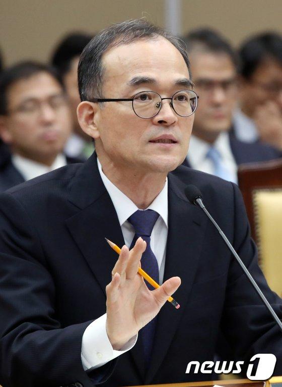 """[사진][국감] 문무일 """"심신미약 사유 단계화·구체화 내부서 검토중"""""""