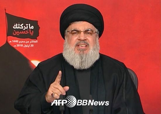 """레바논의 시아파 무장정파 헤즈볼라의 사예드 하산 나스랄라 지도자. 그는 2016년3월, 이스라엘에 """"레드라인 없이 싸울 것""""이라며 전쟁을 경고했다. /AFPBBNews=뉴스1"""