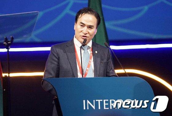 [사진]세계경찰 수장된 김종양 신임 인터폴 총재