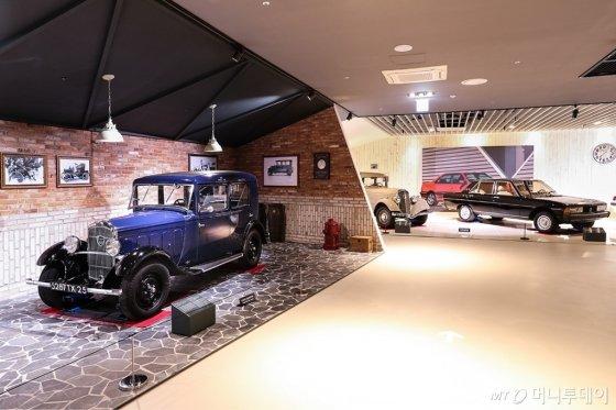 '푸조 시트로엥 자동차 박물관'의 내부 전시/사진=한불모터스
