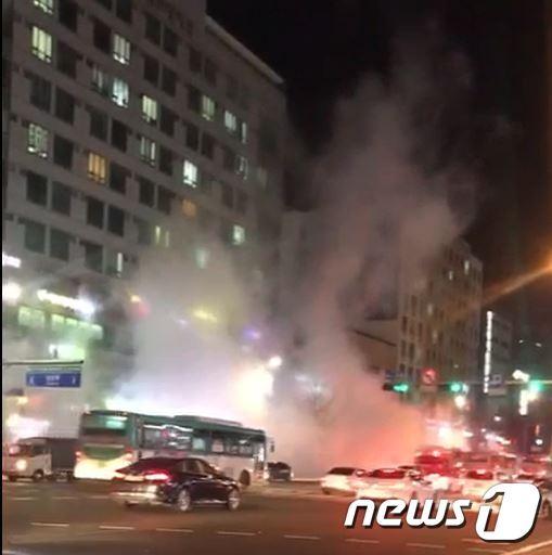 4일 일산 지하철 3호선 백석역 일대 배관 파열로 인한 사상자가 31명으로 파악됐다. © News1