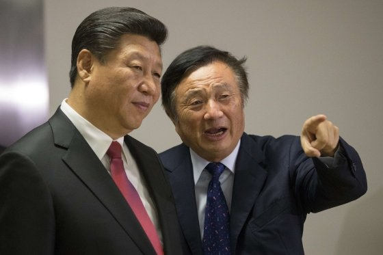 시진핑 중국 국가주석(왼쪽)과 런정페이 화웨이 창업자(오른쪽). /AFPBBNews=뉴스1
