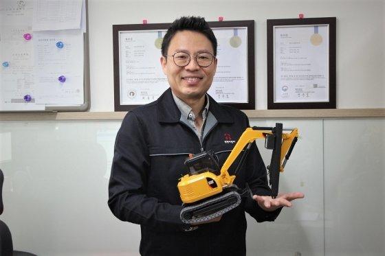 성현이엔지, 국내 유일 '초소형 저소음 천공기'로 혁신 예고
