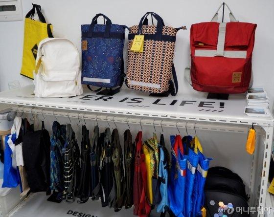 제리백 가방 제품 모습./사진=한민선 기자