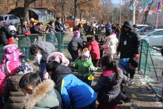 강화빙어송어축제의 모습/사진제공=축제 홈페이지