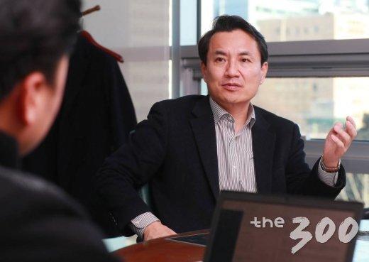 7일 국회의원회관에서 만난 김진태 자유한국당 의원/사진=이동훈 기자