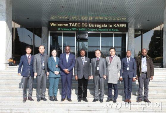 탄자니아 방문단./사진제공=한국원자력연구원