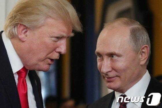 도널드 트럼프 미국 대통령(좌) 와블라디미르 푸틴 러시아 대통령 © AFP=뉴스1