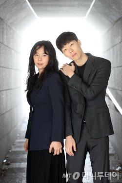 정지윤(왼쪽)-윤나라 안무가. /사진=임성균 기자<br />