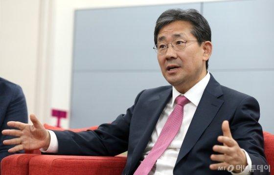 박양우 문화체육관광부 장관. /사진제공=문화체육관광부