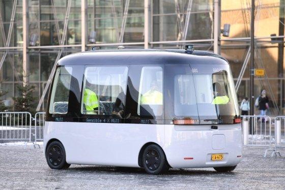 무인양품은 2020년까지 핀란드 헬싱키에서 자율주행 버스를 운영할 계획이다. 지난해 공개한 무인양품의 자율주행버스. /AFPBBNews=뉴스1