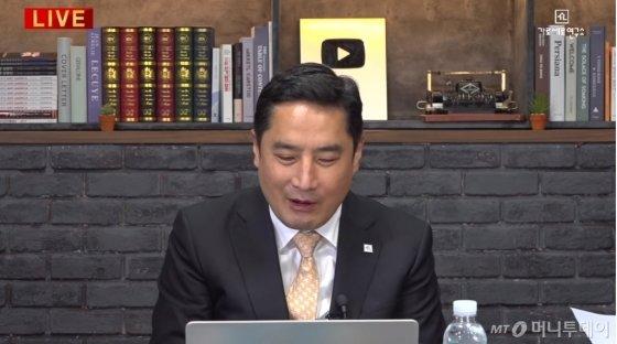 강용석 변호사./사진=유튜브 가로세로연구소 캡처