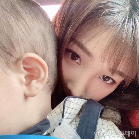 /사진=율희 인스타그램