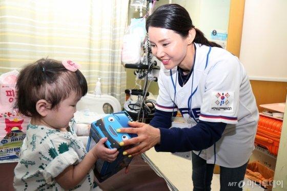 [사진]스무디킹, 소아암 환우 위해 '희망 나눔행사' 개최