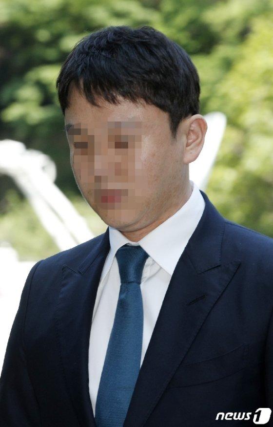 [사진] 유인석 전 유리홀딩스 대표, 영장실질심사