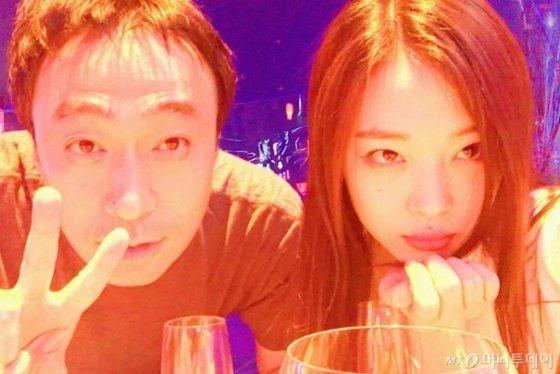왼쪽부터 배우 이성민, 설리./사진=설리 인스타그램