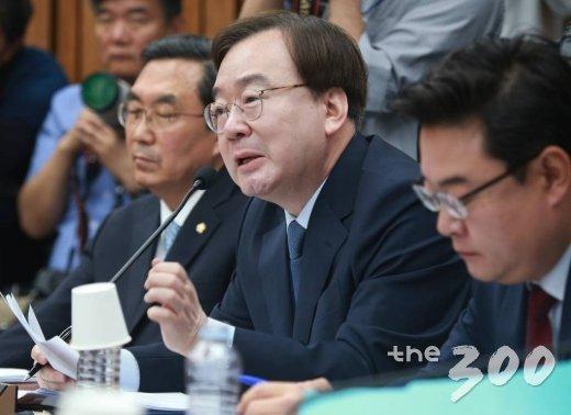'국가기밀 유출' 논란에 휩싸인 강효상 자유한국당 의원. / 사진=이동훈 기자 photoguy@