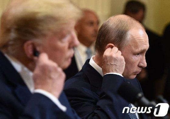 도널드 트럼프 미국 대통령(좌)과 블라디미르 푸틴 러시아 대통령. © AFP=뉴스1