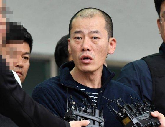 지난 4월 경남 진주시 한 아파트에서 방화 및 흉기난동 사건을 벌인 안인득(42)./사진=뉴시스