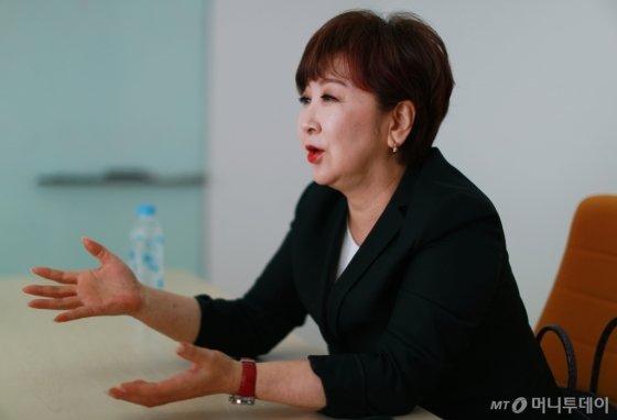 수백억 원의 사기를 당하고 빈털터리로 한국에 돌아온 계은숙은 치매 어머니를 돌보며 자신의 꿈과 역할에 대해 되돌아봤다고 말했다. /사진=이동훈 기자