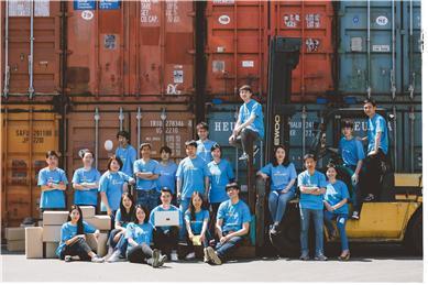 두손컴퍼니는 2012년 사회적기업가 육성사업, 2015년 소셜벤처 아이디어 경연대회를 거쳐 2019년 사회적기업 인증을 받았다./사진제공=두손컴퍼니