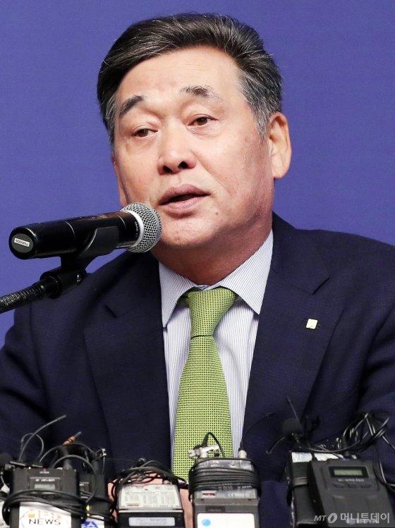 [사진]간담회 개최한 김기홍 JB금융그룹 회장