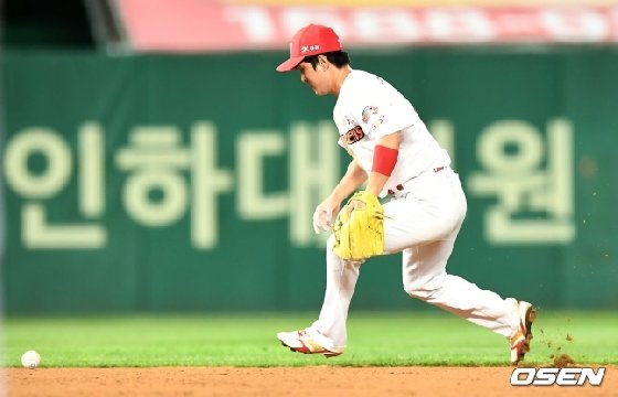 실책을 범한 김성현.