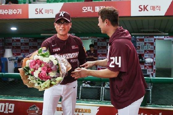 장정석 감독(왼쪽)과 주장 김상수. /사진=키움 히어로즈 제공