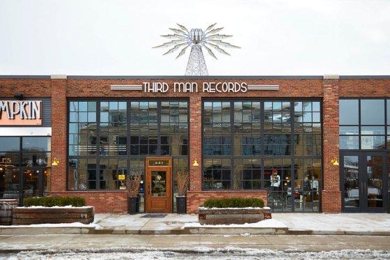 2015년 써드맨레코드가 디트로이트 캔필드 스트리트의 낡은 공장을 개조해 만든 매장/사진=써드맨레코드