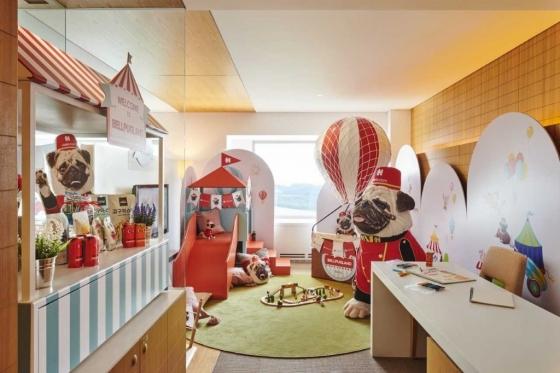 호텔스닷컴이 그랜드워커힐 서울에서 오는 9월까지 '벨퍼그 랜드 룸'을 운영한다. /사진=호텔스닷컴