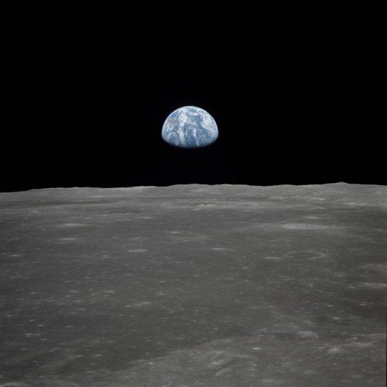 1969년 미 우주탐사선 아폴로11이 달에서 촬영한 지구의 모습./사진=AFP PHOTO/NASA/HANDOUT.