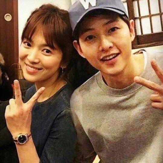 배우 송혜교(38·왼쪽), 송중기(34)/사진=웨이보