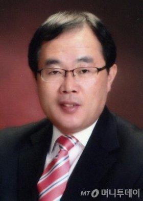 김상용 한국폴리텍대 교수(반도체시스템)