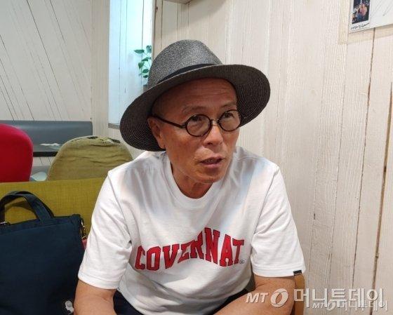 """허영만의 주식 만화 """"-14.54%, 라면만 먹게 생겼어"""""""