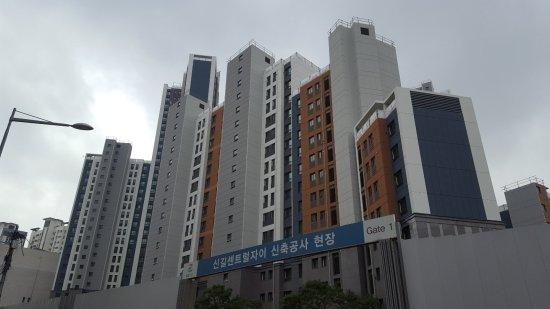 2020년2월 입주 예정인 '신길센트럴자이' 공사현장. /사진=송선옥 기자