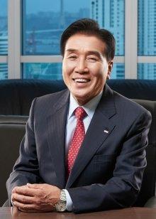 김지완 BNK금융그룹 회장 / 사진제공=BNK금융그룹