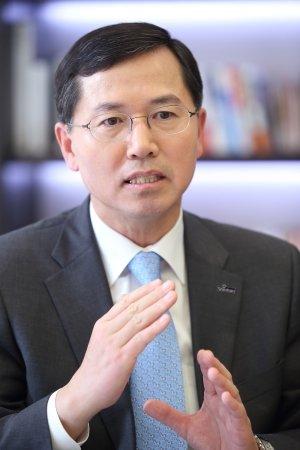 임영진 신한카드 사장, 올해 상반기 보수 5.5억원 수령