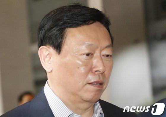 신동빈 롯데그룹 회장 /사진=머니투데이DB, 뉴스1