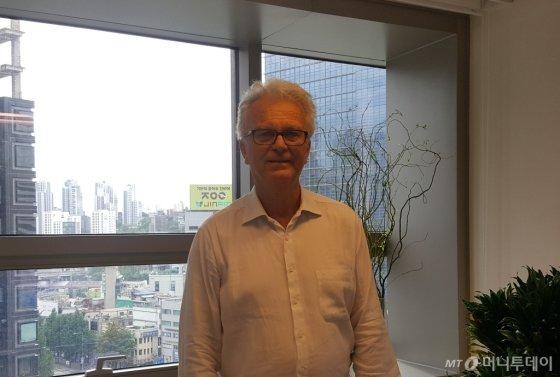 지난 3일 오스틴 에케그렌 스웨덴 환경연구소 부소장이 스웨덴 대사관에서 머니투데이와 인터뷰를 진행했다./사진=김상희 기자