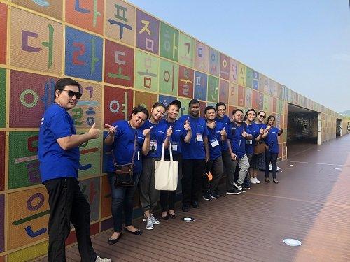 코피스트 연수에 참가한 4개국 관광부처 공무원들이 순천만국가정원 방문한 모습. /사진=한국관광공사