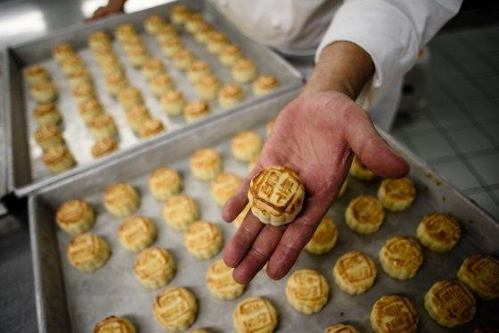 중국 중추절(仲秋節)에 먹는 월병/사진=AFP