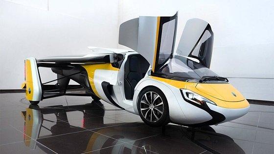 비행 자동차 '에어로 모빌'은 차체 길이 6m에 최대 2명이 탑승할 수 있다/사진=에어로 모빌