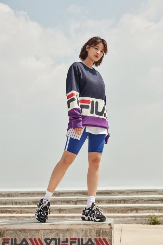 김유정, 시크한 스포티룩…스트리트 감성 '물씬'